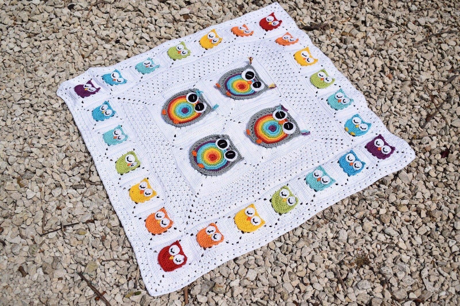 Biggie rainbow owl granny square free pattern ⋆ Passionatecrafter