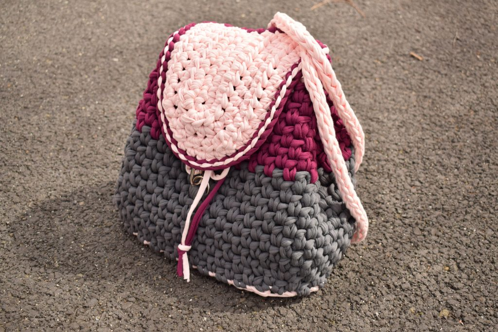 Modern And Stylish Crochet Backpack Video Tutorial