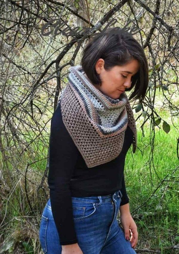 "Triangle scarf- ""Stock the Bean stitch """