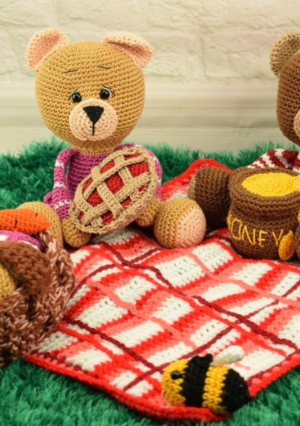 crochet bears amigurumi pattern free on the blog