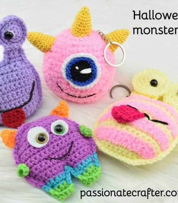 free crochet halloween keychain pattern