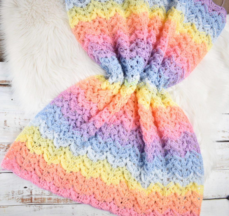HuggleHounds - Rainbow Elephant Knottie | 1099x1170