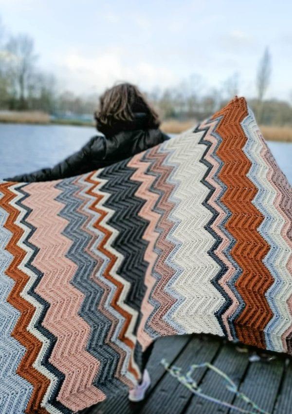 "Crochet easy chevron blanket "" Sofia """